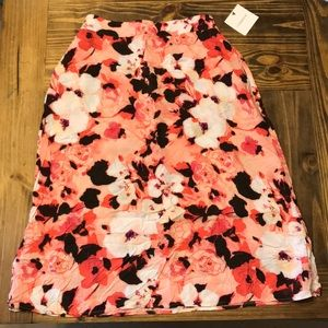 Beautiful flowy skirt!